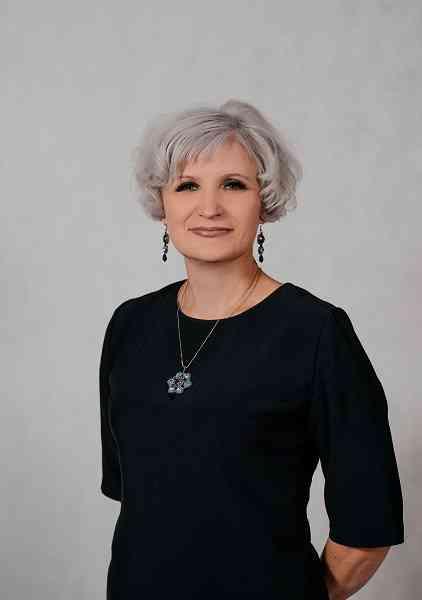 Директор школы Заварзина Галина Егоровна